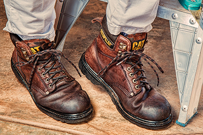 81c1932d114 Why You Need to Wear Steel Toe Shoes at Work